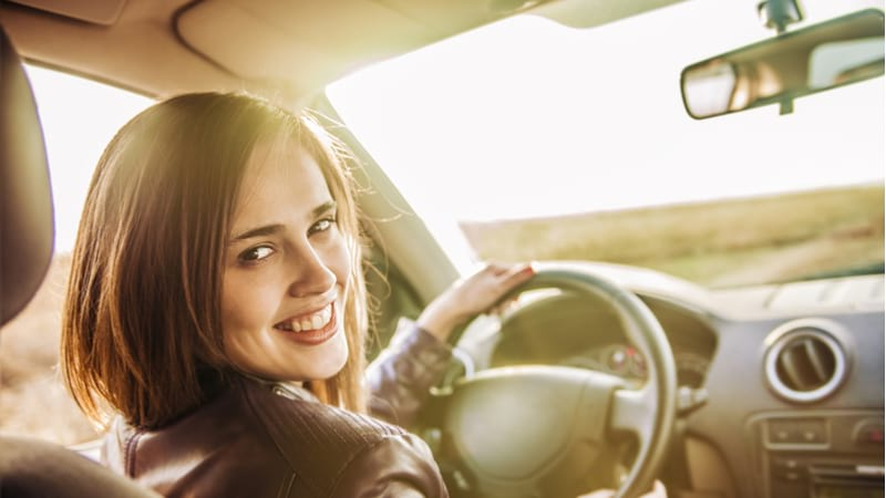 5 Things to consider when buying a car insurance for women