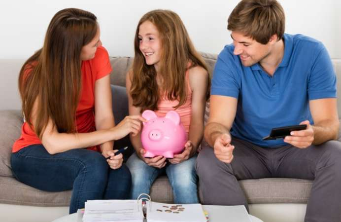 5 Money lessons to teach your teenagers